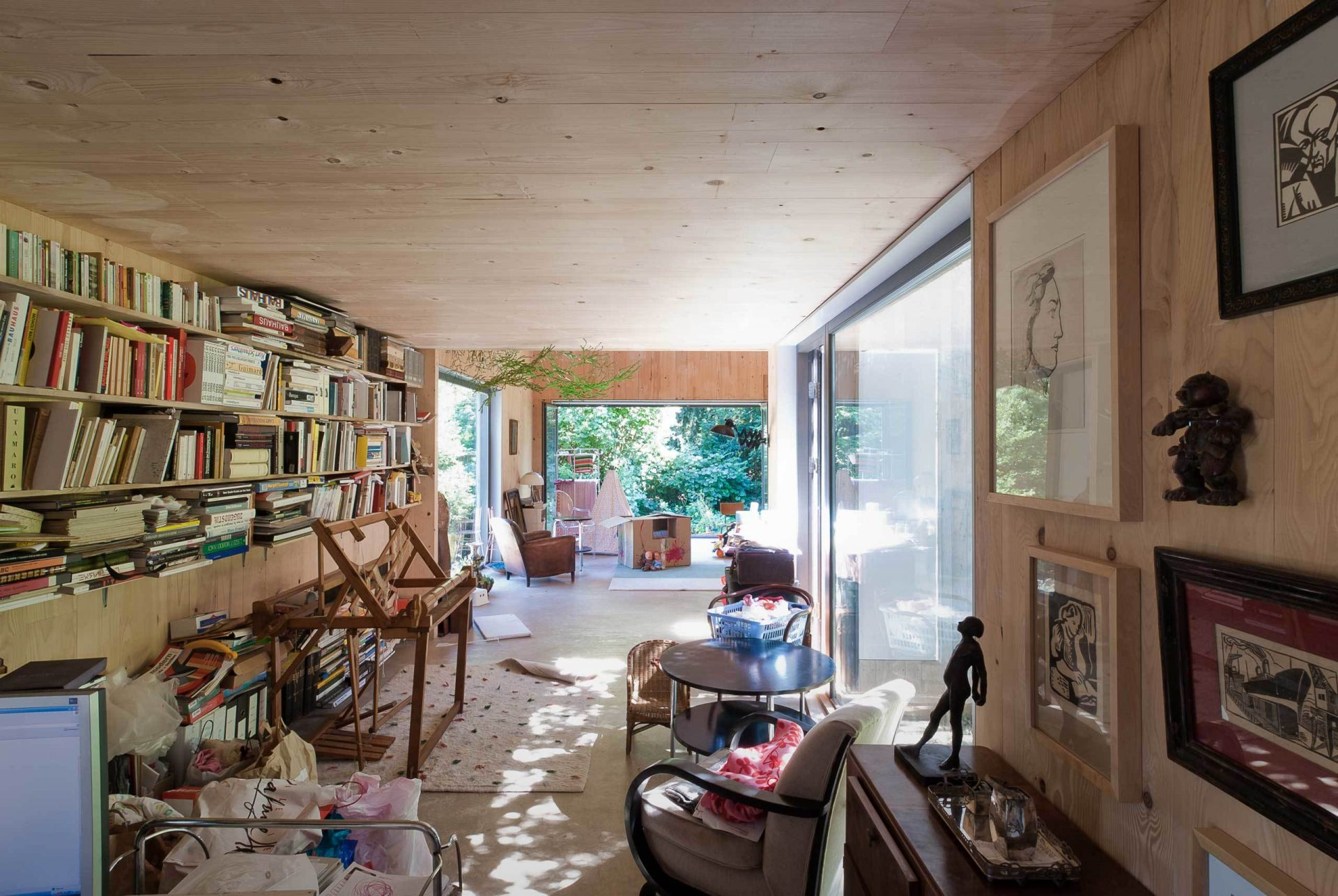 Lyon 8 Interior Living