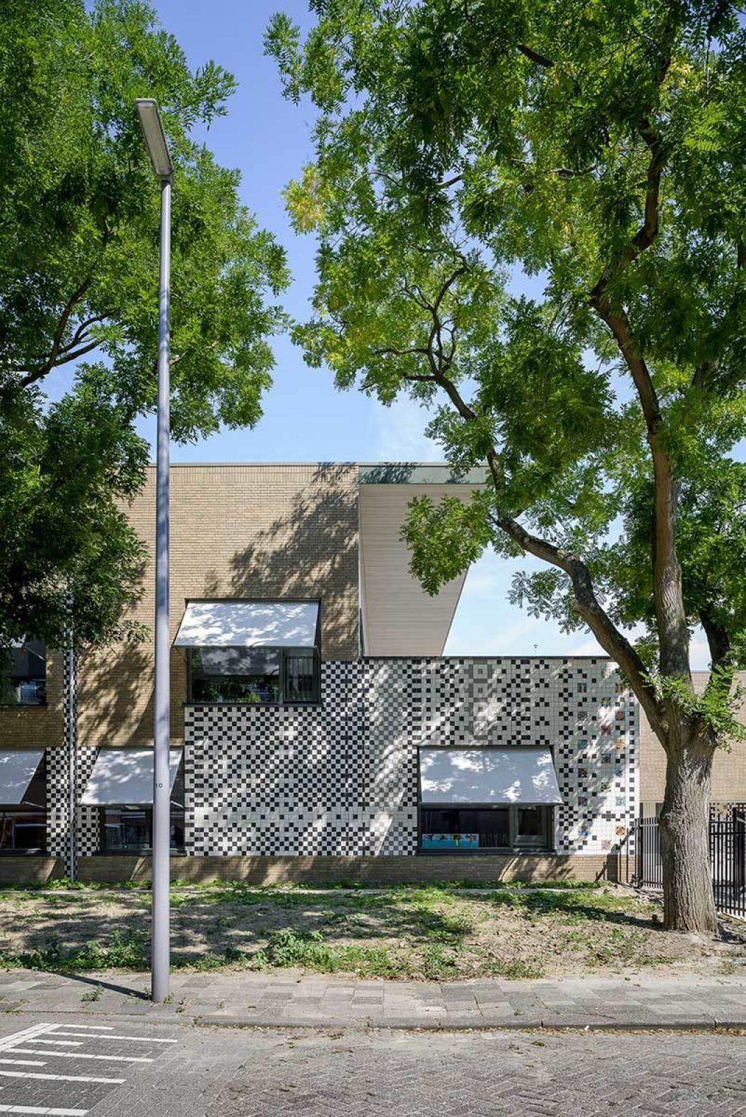 Aj Schreuderschool Fassade Tree