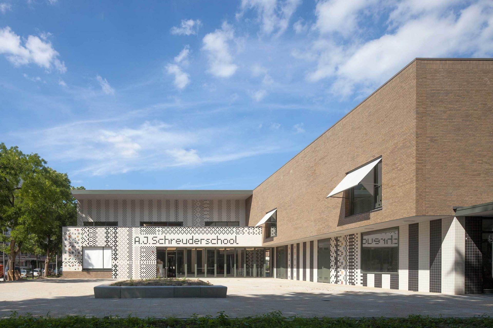 Aj Schreuderschool Main Fassade