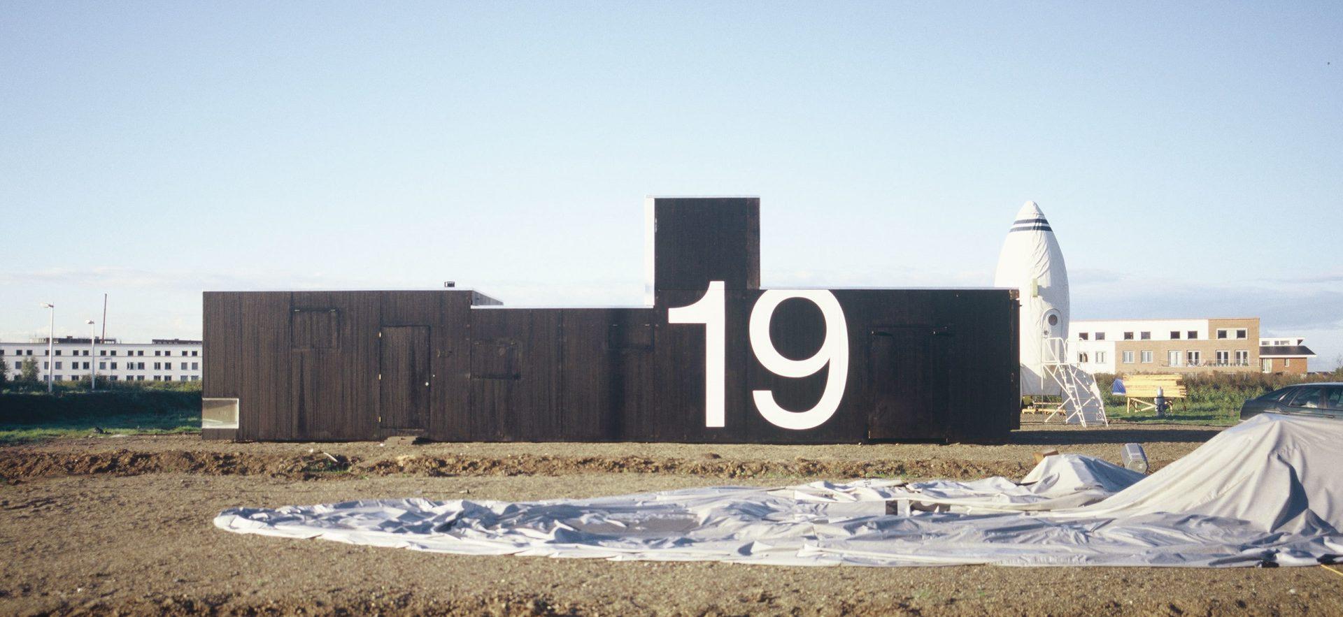 Huis 19 Side