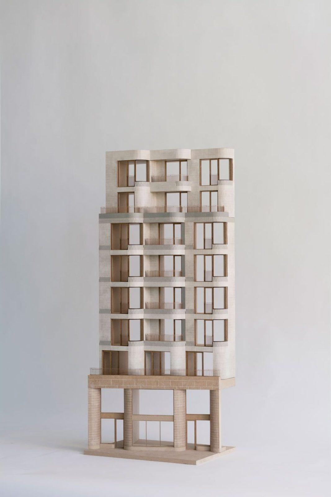 Lebeau Model Tilted
