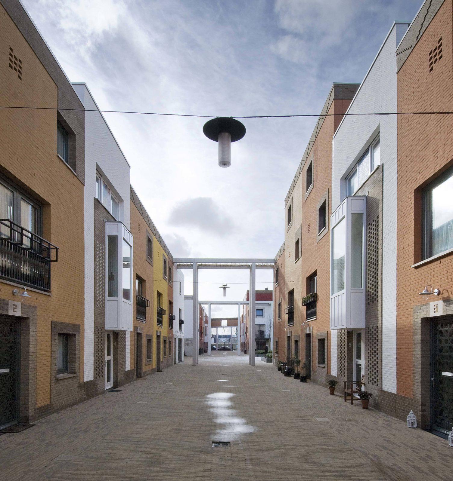 Medi Central Street