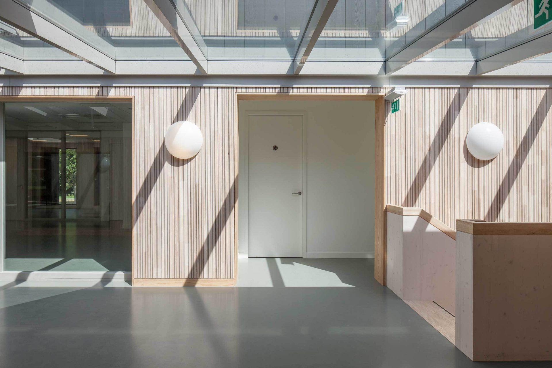 Roigenbouw Corridor Hallway