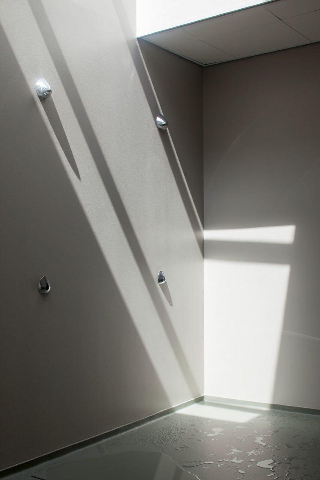 Roigenbouw Shower Corner