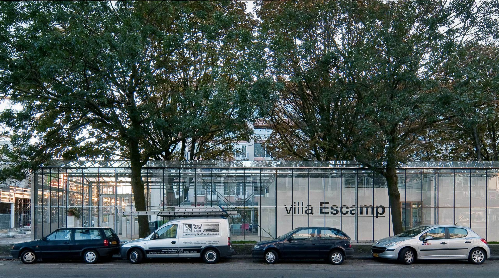 Villa Escamp Long Side